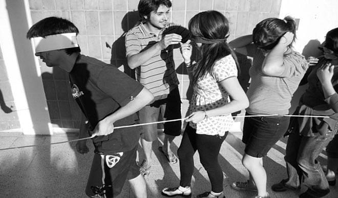 छात्रों का भविष्य लील रहा है रैगिंग का दानव, सरकार को नियम और सख्त बनाने होंगे