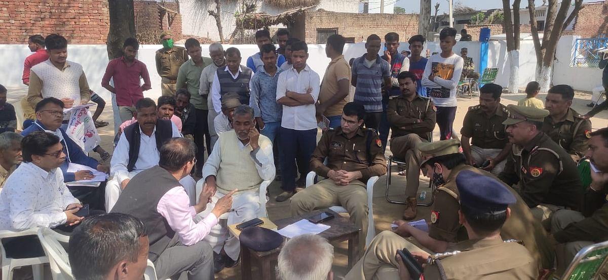 सहारनपुर के शब्बीरपुर गांव तैनात रही फोर्स, नहीं निकली शोभायात्रा