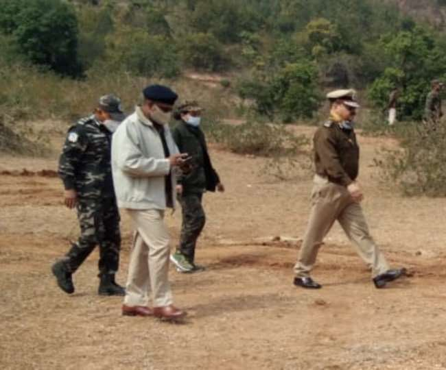 dgp-and-other-officials-reached-lohardaga