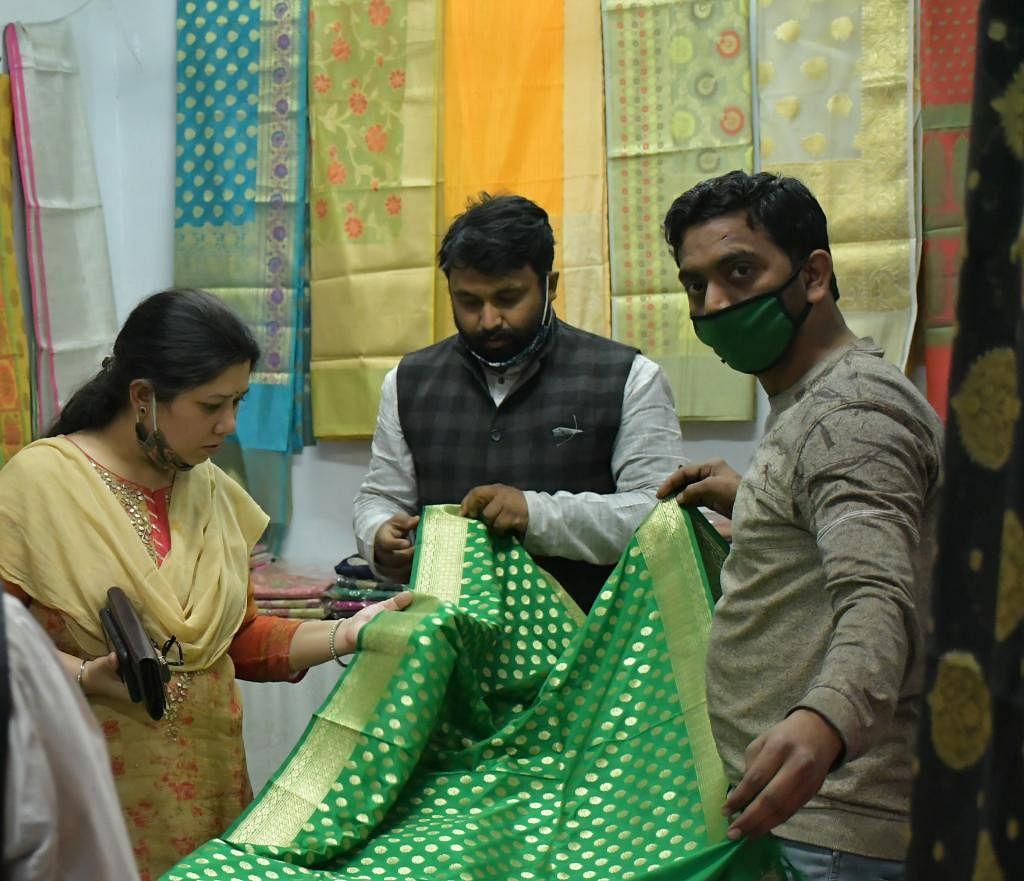 स्पेशल हैण्डलूम एक्सपो में साकार हो रही है राजस्थानी संस्कृति