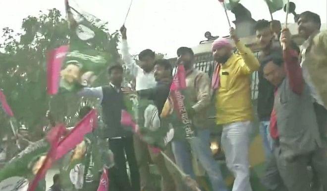 कृषि-कानूनों-के-विरोध-में-किसानों-का-रेल-रोको-प्रदर्शन-दिल्ली-पुलिस-ने-पटरियों-के-पास-सुरक्षा-बढ़ायी