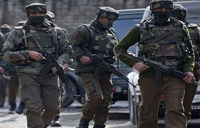 two-policemen-martyred-in-terrorist-attack-in-srinagar