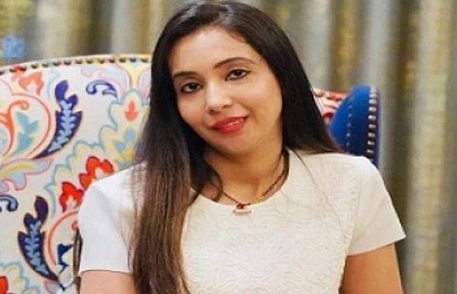 कोयला घोटाला: अभिषेक बनर्जी की पत्नी से सीबीआई ने की डेढ़ घंटे तक पूछताछ