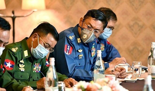 म्यामां में सेना का तख्तापलट, स्टेट काउंसलर सू की नजरबंद, आर्मी कमांडर-इन-चीफ को देश की कमान