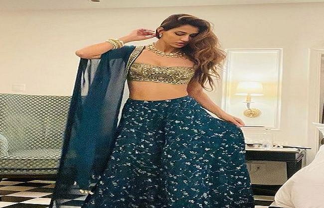 disha-patni-shared-beautiful-pictures-on-social-media