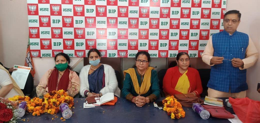 कुसुम कंडवाल ने त्रिवेन्द्र सरकार के फैसले का स्वागत किया