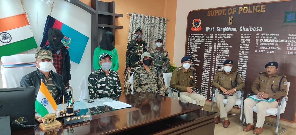 भाकपा माओवादी के अनमोल दस्ते के दो सक्रिय सदस्य गिरफ्तार