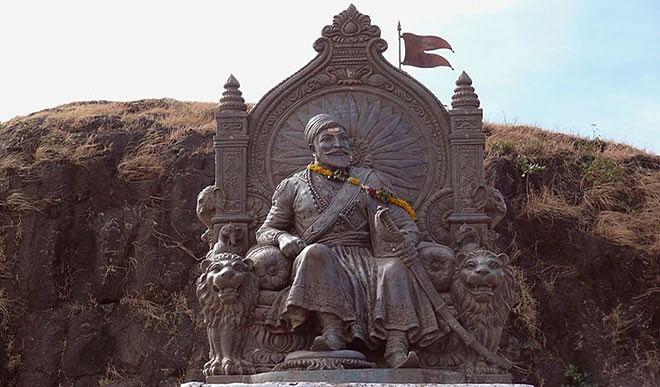 शिवाजी ने हिंदू परम्परा के अनुकूल सम्प्रदाय निरपेक्ष धर्मराज्य की स्थापना की