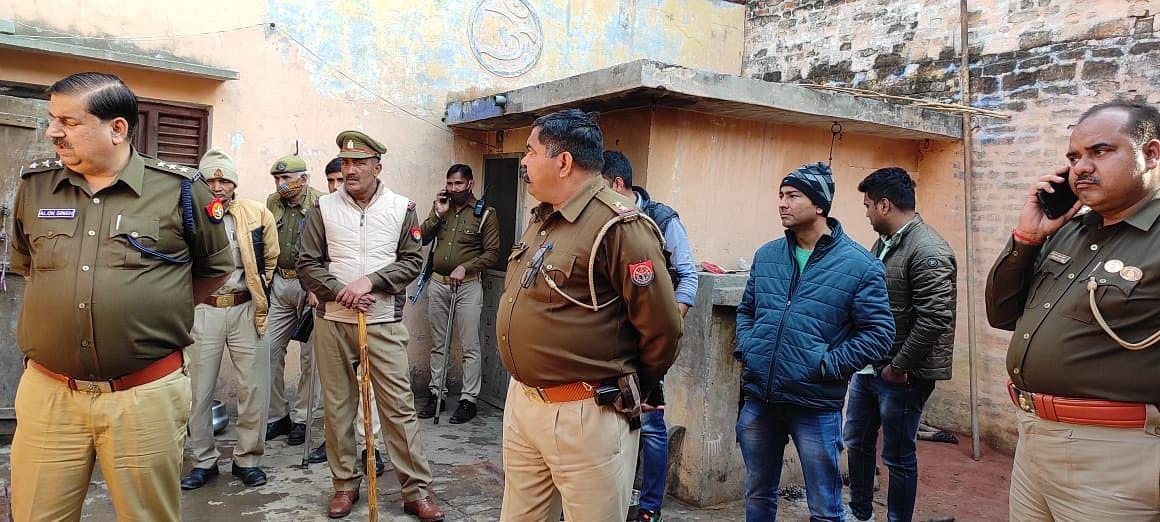 पुलिस ने हिस्ट्रीशीटर अमरपाल लुहारा का मकान किया कुर्क, फोर्स तैनात