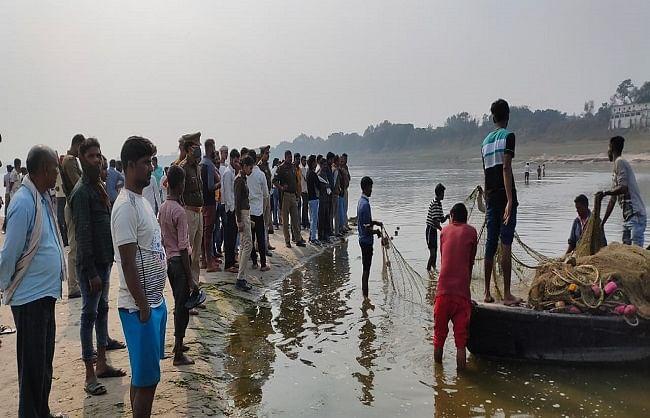 गंगा स्नान करने गए तीन किशोर डूबे, एक को बचाया