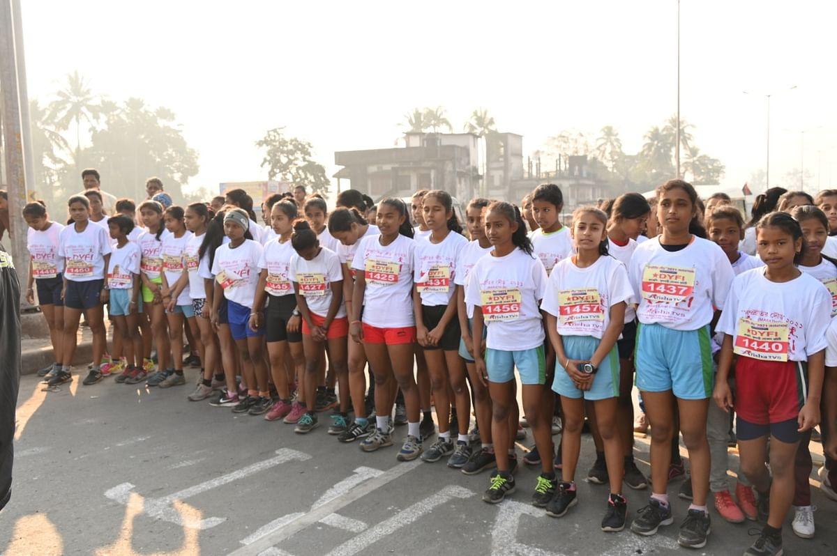 डीवाईएफआई और एसएफआई के तरफ से सम्प्रीति मैराथन का आयोजन