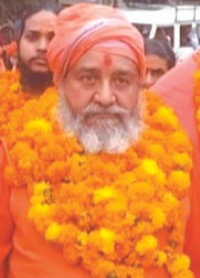 संन्यासी और बैरागी अखाड़ों में धर्म ध्वजा महत्वपूर्णः विद्यानंद सरस्वती