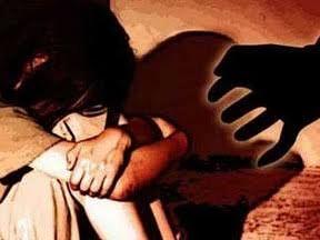 नशेड़ी पिता ने मासूम बेटी से किया दुष्कर्म, पत्नी ने पहुंचाया जेल