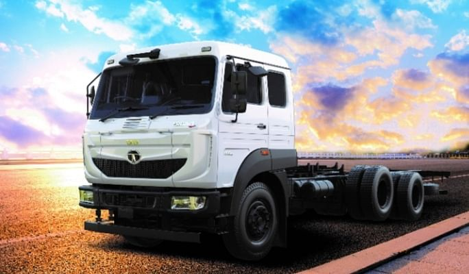 टाटा मोटर्स ने लॉन्च किया नया ट्रक, वजन 31 टन