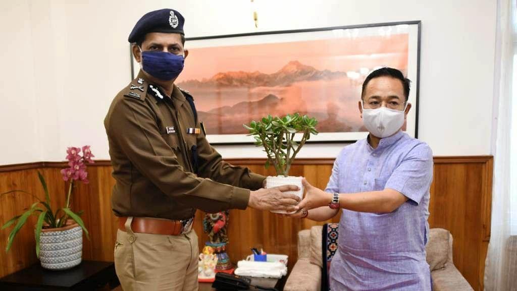 आईटीबीपी के एडीजी प्रसाद ने मुख्यमंत्री तमांग से की मुलाकात
