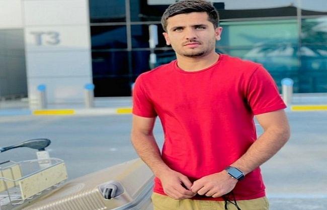 आईपीएल: भारत के लिए रवाना हुए अफगानिस्तान के युवा गेंदबाज फजलहक फारूकी