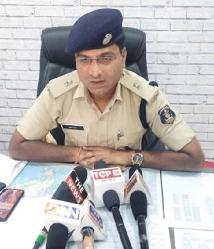 रायपुर : अंतर्राष्ट्रीय महिला दिवस पर 7 मार्च को रायपुर पुलिस मरिन ड्राइव से घड़ी चौक तक लगाएगी दौड़