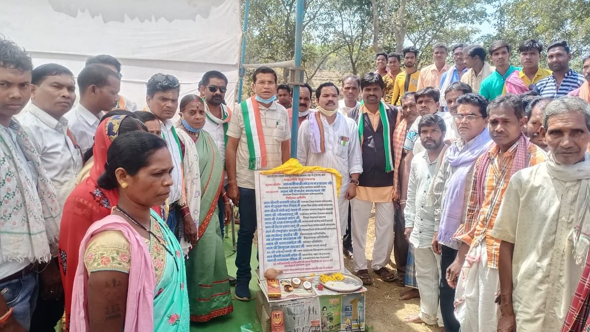 कोंडागांव : मोहन मरकाम ने करोड़ों के निर्माण कार्यों का लोकार्पण व भूमिपूजन किया