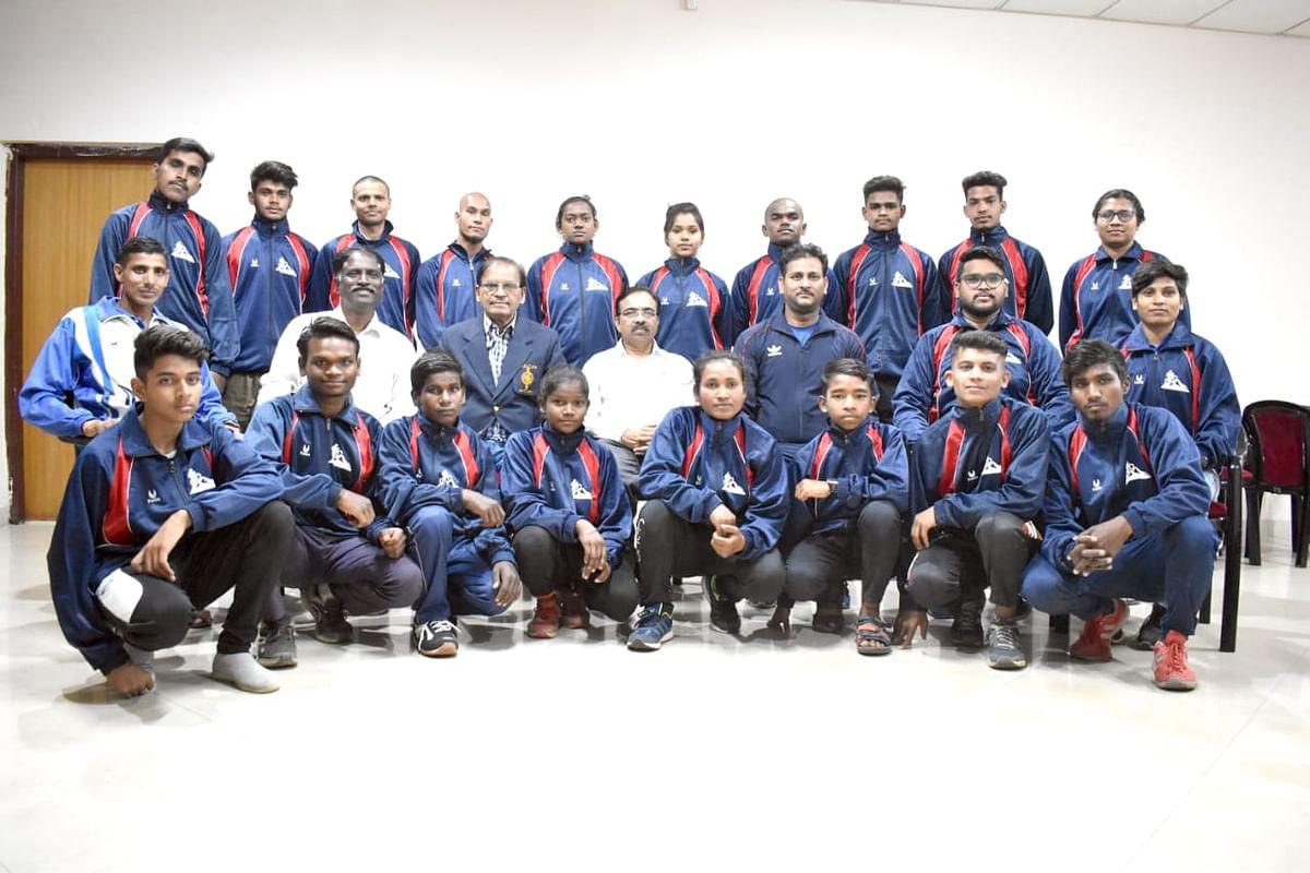 भिलाई नगर : राष्ट्रीय स्पर्धा के लिए छत्तीसगढ़ साइकलिंग टीम रवाना, नवी मुंबई में 5 से 8 मार्च तक होगी प्रतियोगिता