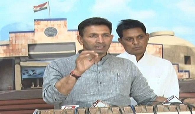 श्री सिंगाजी ताप विद्युत परियोजना को लेकर पूर्व मंत्री जीतू पटवारी ने फिर उठाई आवाज, विधानसभा में नियम 52 के तहत चर्चा की माँग