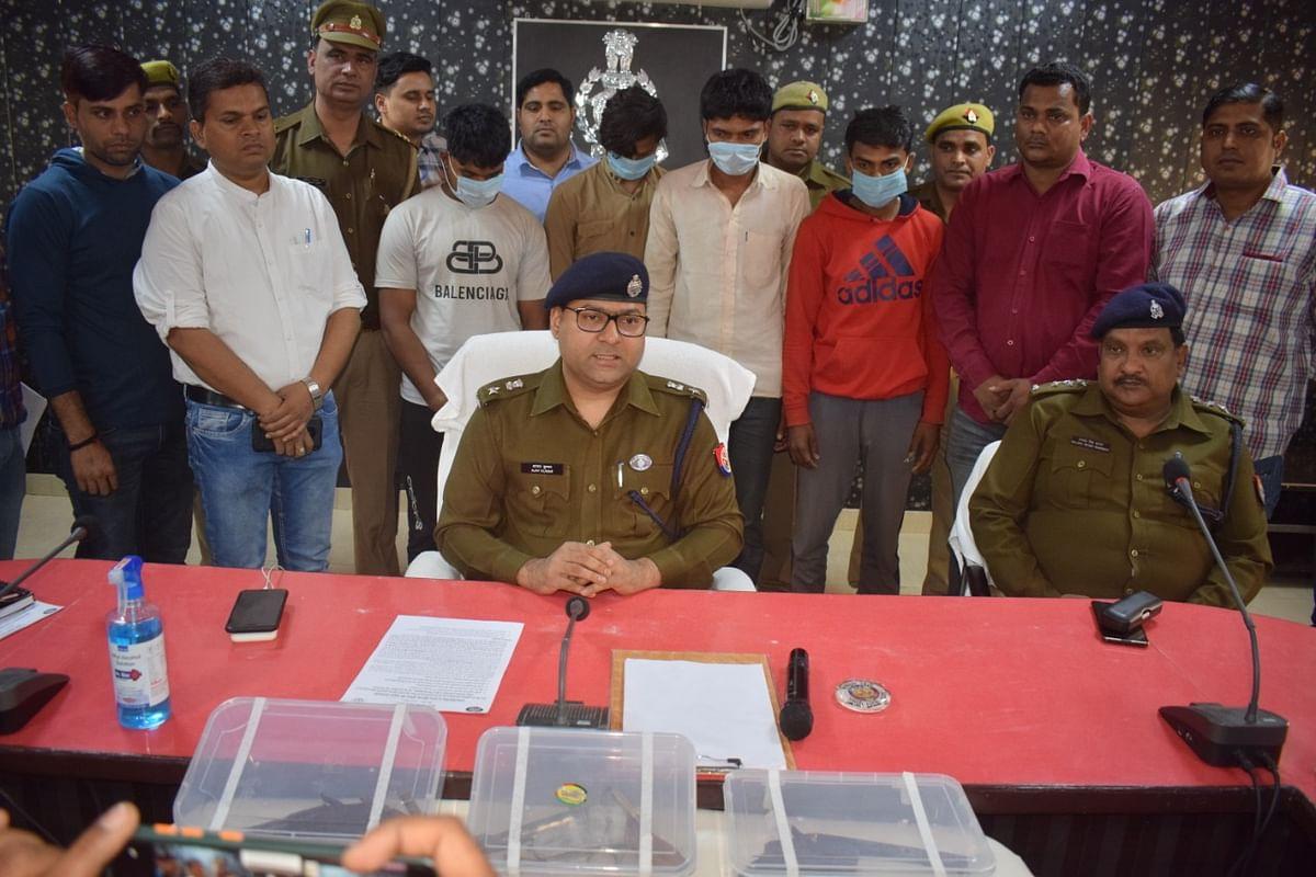 फिरोजाबाद : अन्तरजनपदीय गिरोह के चार लुटेरे मुठभेढ़ में गिरफ्तार