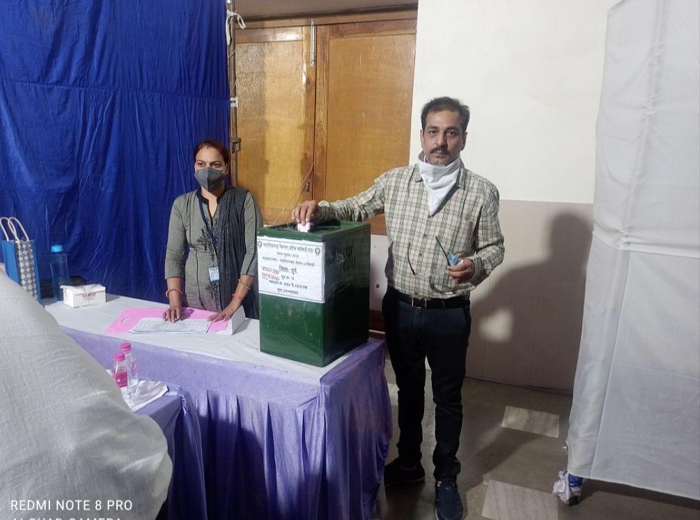 छत्तीसगढ़ चेंबर ऑफ कॉमर्स एंड इंडस्ट्रीज चुनाव के तीसरे चरण में 85 फीसदी हुआ मतदान