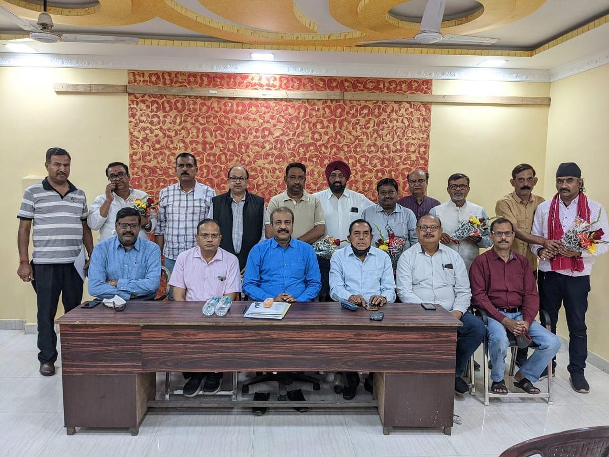 रामगढ़ चेंबर ऑफ कॉमर्स इंडस्ट्रीज के अध्यक्ष बने पंकज तिवारी