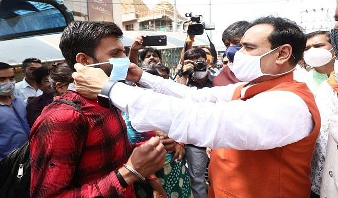 मास्क न पहनना सामाजिक अपराध : डॉ. नरोत्तम मिश्रा