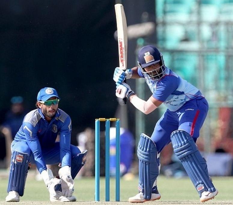 विजय हजारे ट्रॉफी : पृथ्वी शॉ ने लगाया चौथा शतक, टूर्नामेंट में सर्वाधिक रन बनाने वाले बल्लेबाज बने