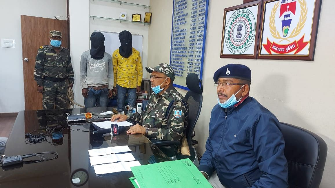 two-criminals-arrested-for-robbing-a-driver-of-a-pickup-van
