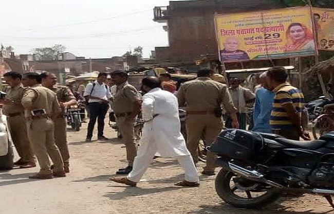 सुलतानपुर : निर्माणाधीन कमरे की छत गिरने से एक की मौत, कई  घायल