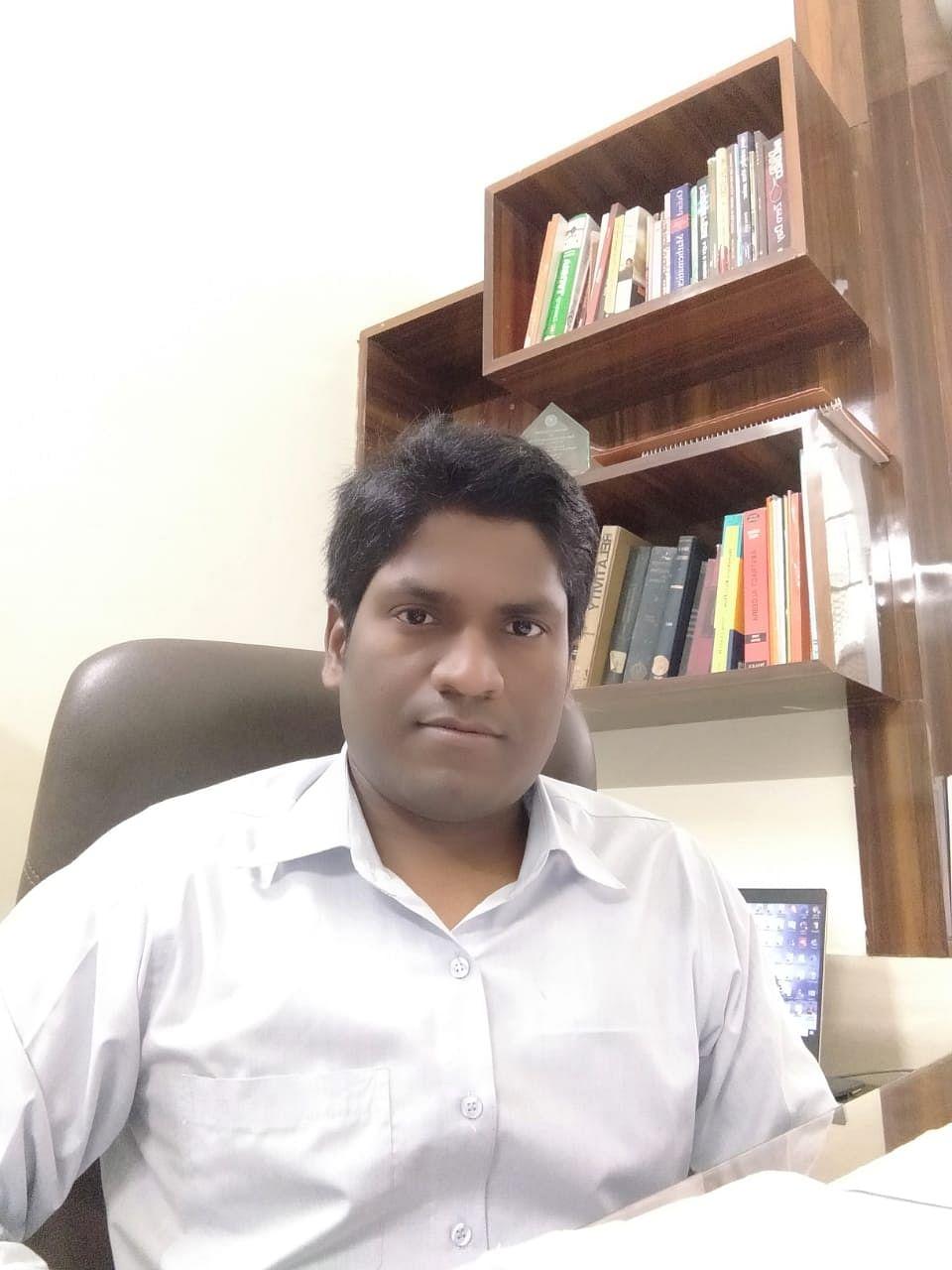 तारों का अध्ययन करने के लिए गोरखपुर विश्वविद्यालय के शिक्षकों को मिली 10.04 लाख की शोध राशि