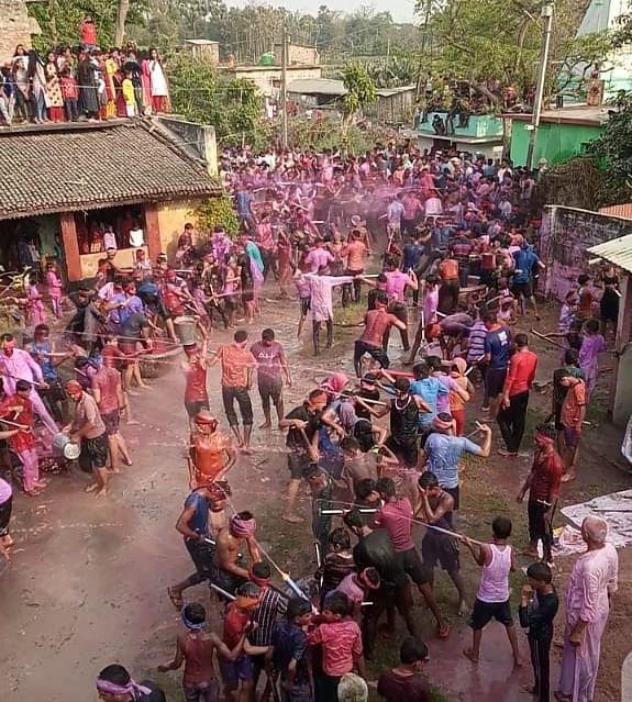 कन्हैया ने गांव में खेली होली, मटिहानी में हुआ रंग डालो प्रतियोगिता