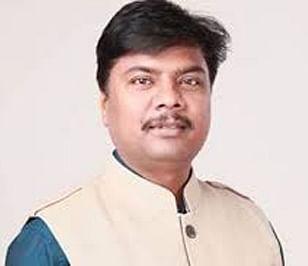 जगदलपुर : प्रदेश में अवैध शराब का चल रहा है एक अलग मंत्रालय : केदार कश्यप