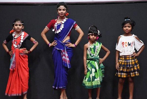 नारायणपुर : अबूझमाड़ परिधान रैंप वॉक प्रतियोगिता का हुआ अंतिम ऑडिशन