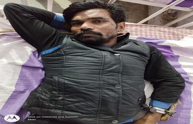 50 हजार रुपये का इनामी बदमाश मुठभेड़ में गिरफ्तार
