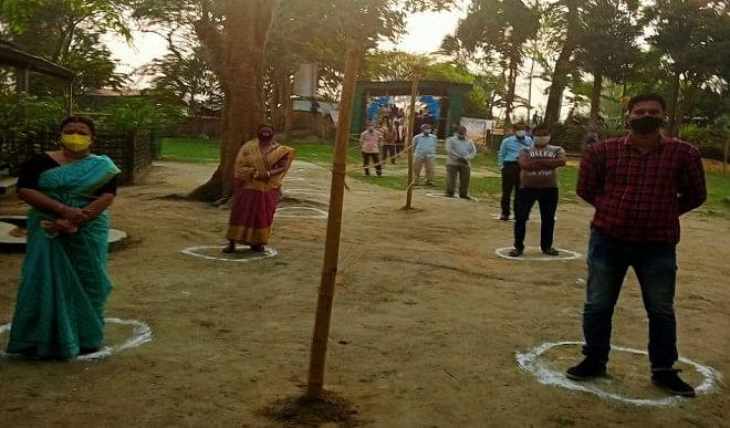 असम और पश्चिम बंगाल में विधानसभा चुनाव के पहले चरण के लिए मतदान शुरू