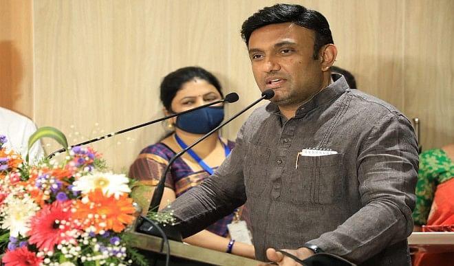 स्वास्थ्य मंत्री सुधाकर ने 'मोनोगैमी टेस्ट' वाली टिप्पणी पर दी सफाई, सभी सदस्यों के अवैध संबंधों की कराना चाहते थे जांच
