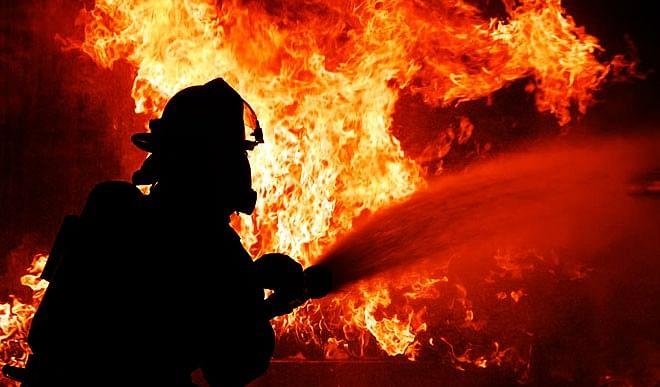 भागलपुर के एक घर में लगी आग, तीन बच्चों की मौत, माता-पिता झुलसे