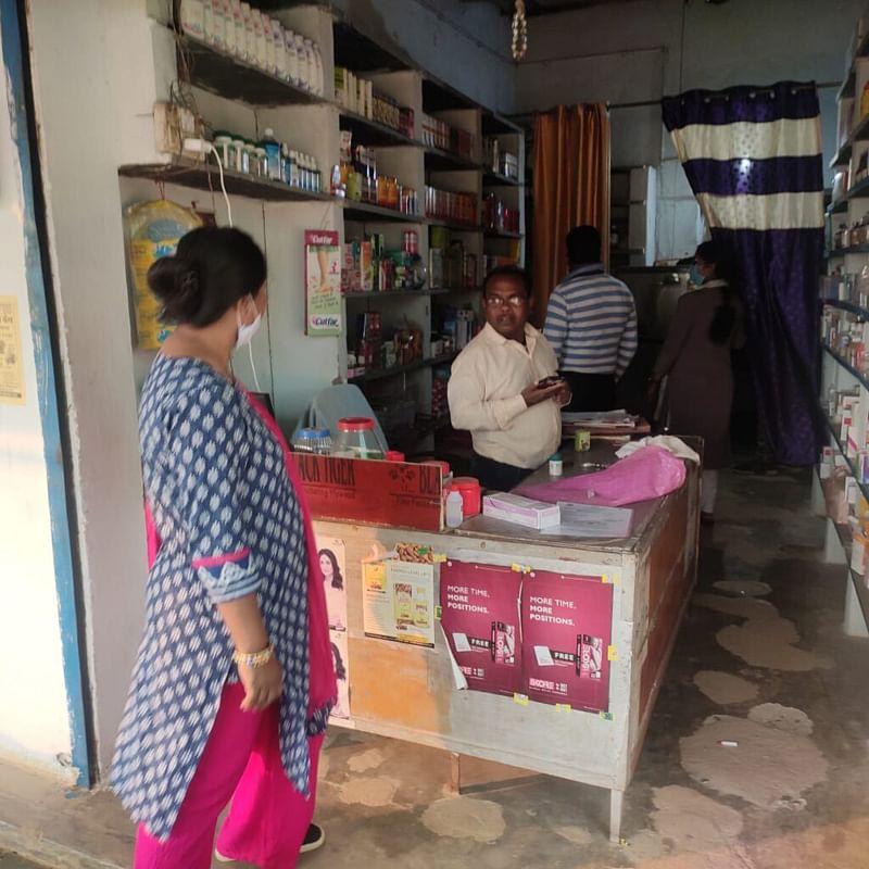 कांकेर : अवैध दवाखाना चला रहे झोला छाप डॉक्टरों पर हुई कार्रवाई