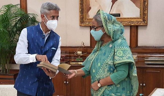 जयशंकर ने बांग्लादेश की प्रधानमंत्री से मुलाकात की, बोले- दोनों देशों का द्विपक्षीय संबंध लगातार आगे बढ़ रहा है