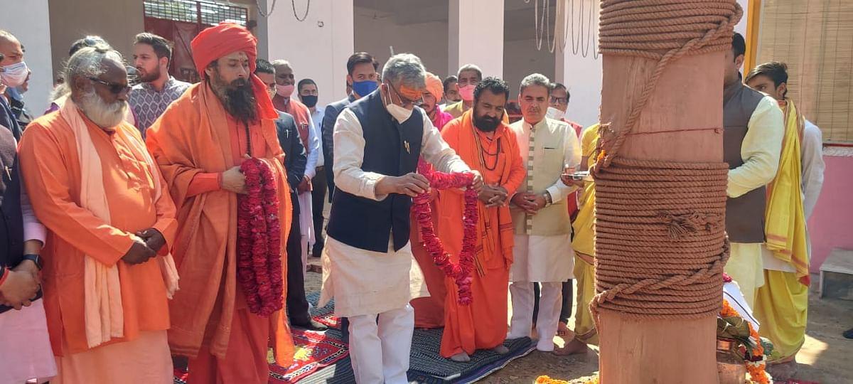 महाकुंभ मे संतों के दर्शन मात्र से जीवन होता है सफल : मुख्यमंत्री