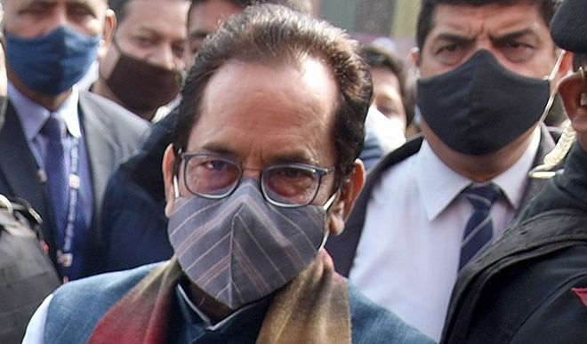 साक्षात्कारः नकवी ने कहा- बंगाल के स्थानीयों का हक घुसपैठियों में नहीं बंटने देंगे