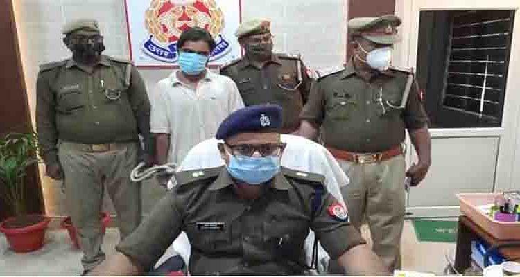 आंखों में मिर्ची झोंककर लूट करने वाला शातिर लुटेरा पुलिस गिरफ्त में