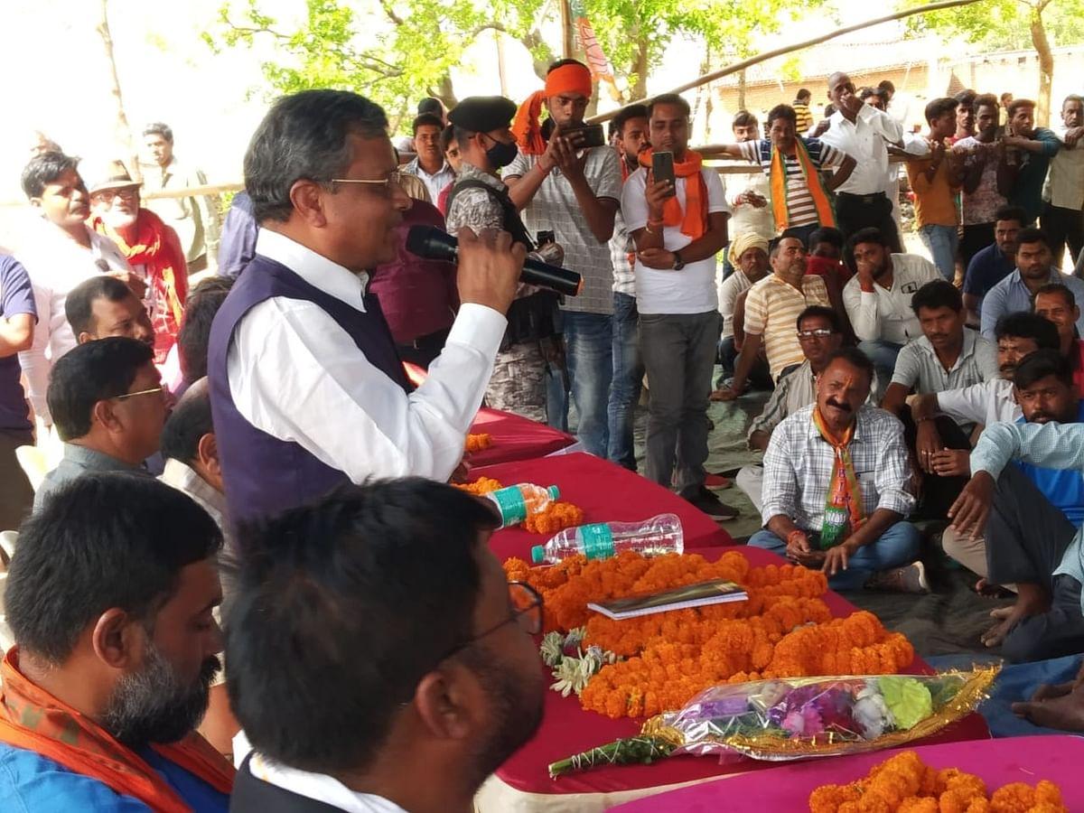 मधुपुर में बाबूलाल मरांडी का गर्मजोशी से स्वागत