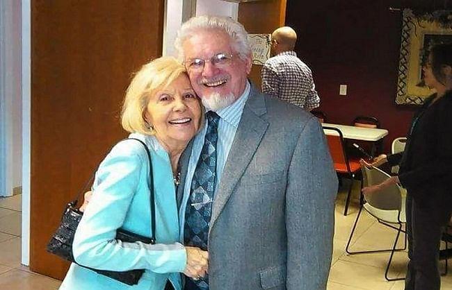 अमेरिका में सात दशकों तक साथ रहने वाले दंपति की एक साथ मौत