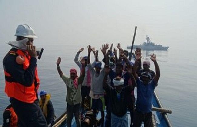 श्रीलंका ने 54 भारतीय मछुआरों को किया रिहा