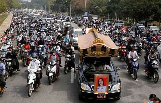 in-myanmar-protesters-protest-against-the-horns-of-cars