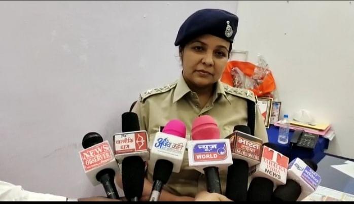 कोतवाली सीएसपी पल्लवी ने जब्त कर, आरोपित को किया गिरफ्तार