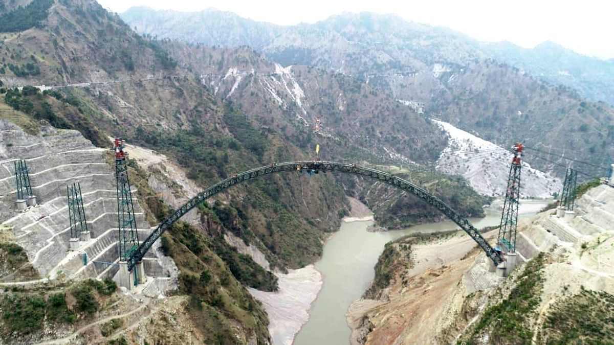 arch-construction-work-of-world39s-highest-railway-bridge-completed-in-jammu-and-kashmir